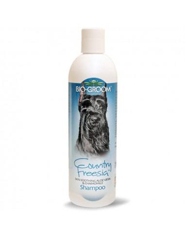 Biogroom Crisp Apple Natural Scent Shampoo 355ml